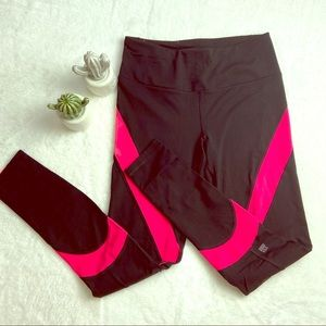 Victoria's Secret VSX Sport Leggings Black Red